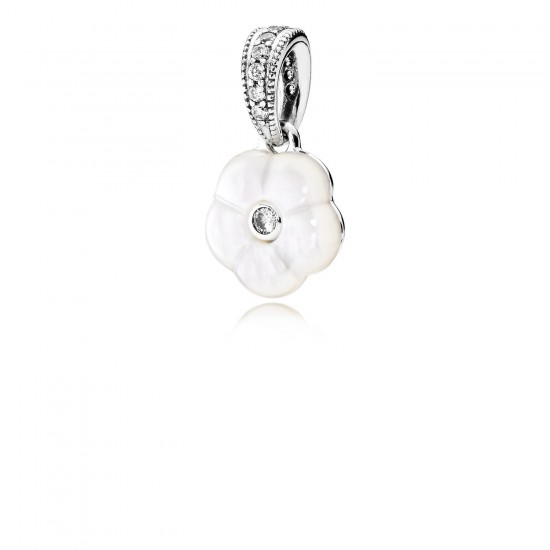 Pandora Luminous Florals, Mother/Of/Pearl & Clear CZ