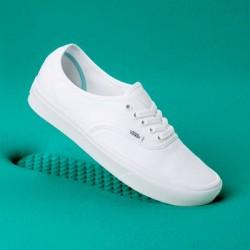 Vans Men Shoes ComfyCush Authentic True White/True White