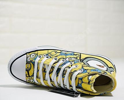 cartoon converse shoes