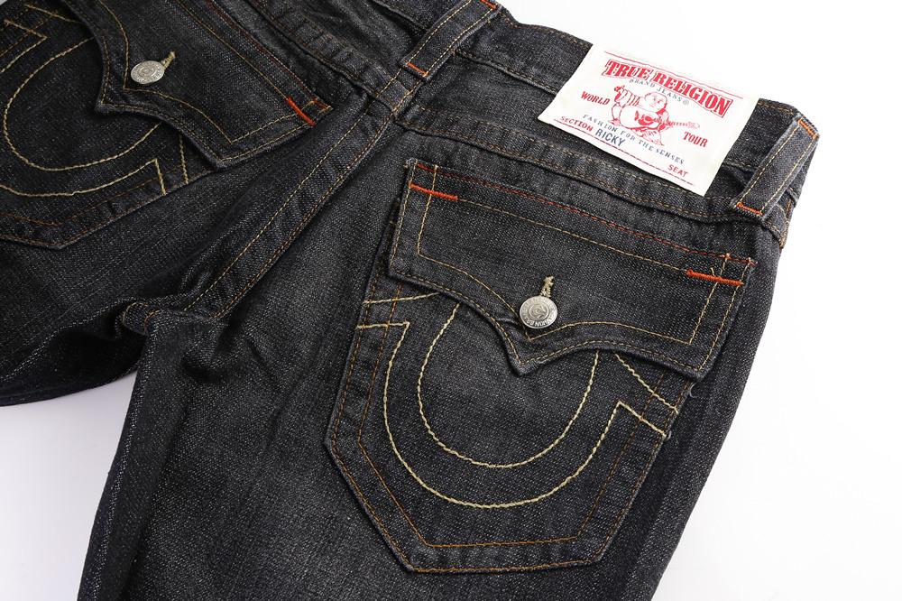 True Religion Mens Jeans back pocket